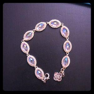 Kendra Scott iridescent bracelet